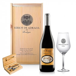 Estuche con 1 botella de vino Ácrata Monastrell, copa y estuche con accesorios vino